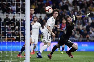 نقل لمبارة ريال مدريد وفريق هويسكا في الدوري الإسباني