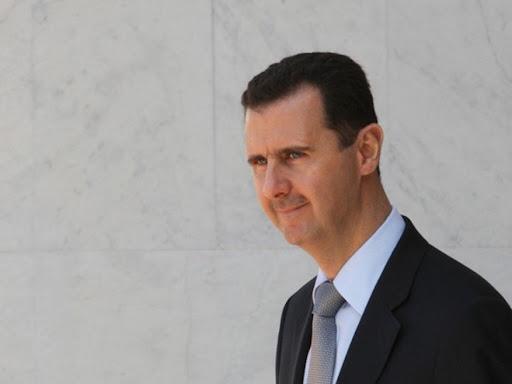 إعلامي تركي يؤكد أن بشار الأسد سيتنحى خلال أسبوعين ودولة وحيدة قبلت استضافته