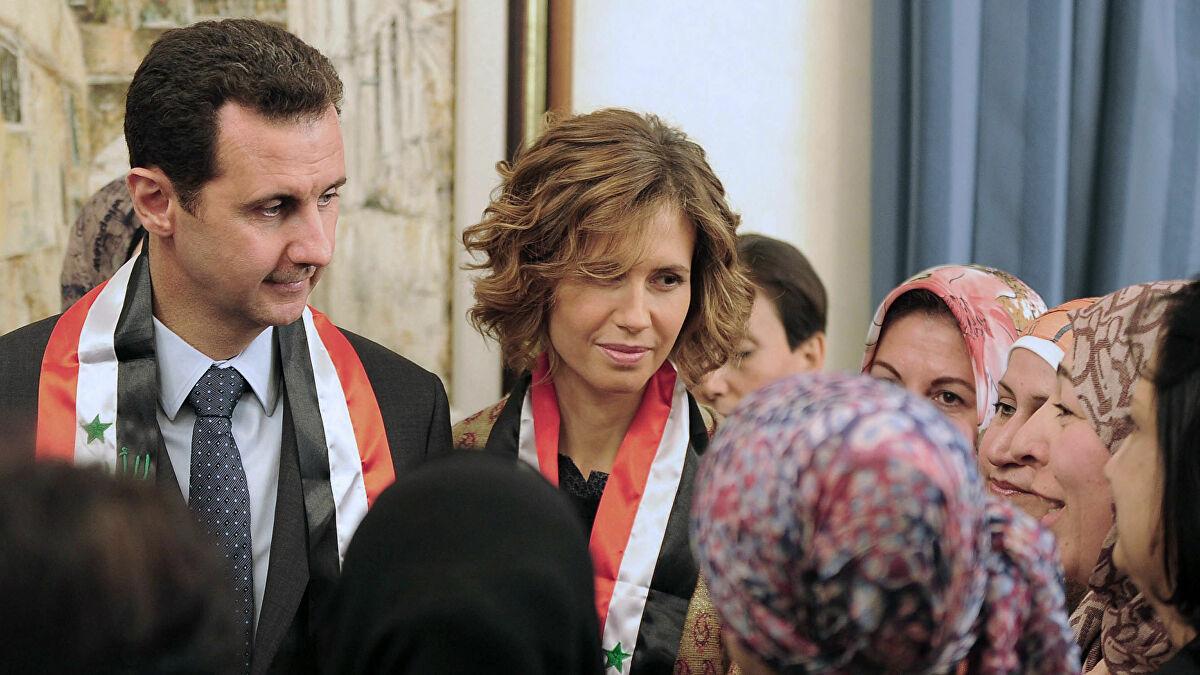 """""""صحيفة التايمز"""" تدعو لتجريد """"أسماء الأسد"""" من الجنسية البريطانية"""
