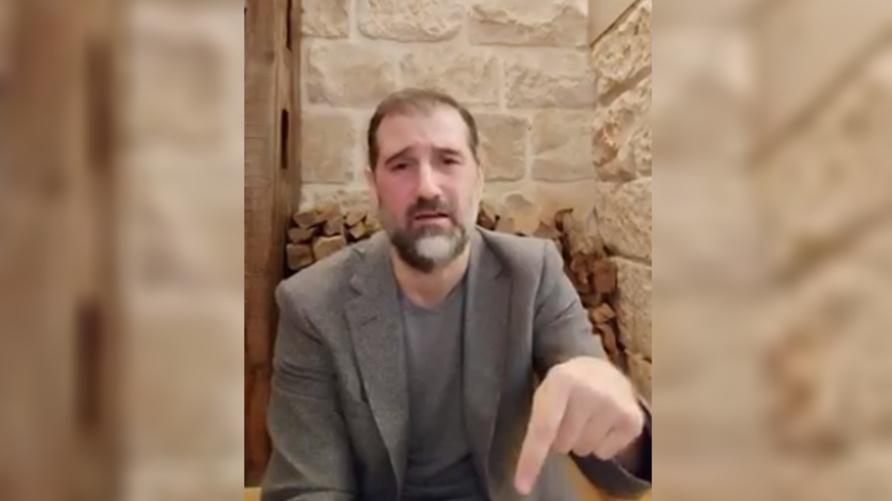 رامي مخلوف يخرج عن صمته: اعتقلوا الرجال ولم يبق سوى النساء
