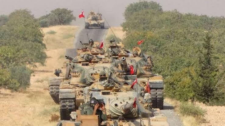 تركيا تعزز نقاطها العسكرية  في ادلب بقوات جديدة