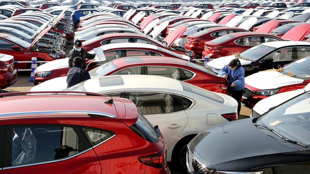 انهيار أسعار السيارات في لبنان