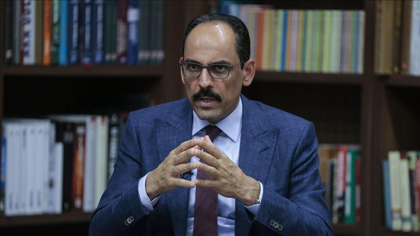 المتحدث باسم الرئاسة التركية يوضح حقيقة أنباء رحيل بشار الأسد ومستقبل إدلب وشرق سوريا