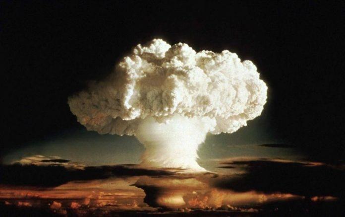 لافروف: يحذر من مخاطر المواجهة النووية  التي زادت مؤخرا بشكل خطير