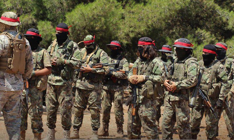 """بقوة السلاح.. """"تحرير الشام"""" تسيطر على نقاط غرفة عمليات """"الكتائب المستقلة"""""""