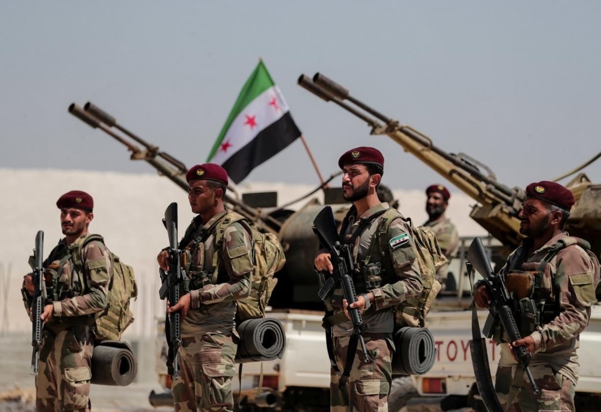 """وزارة الدفاع في """"المؤقتة"""" تصدر بياناً حول سحب الجيش الوطني السوري لمقاره من المدن"""