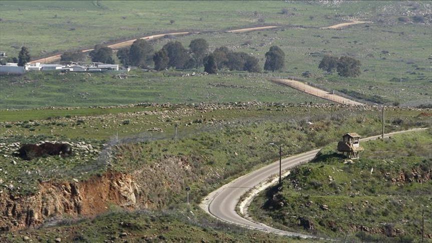 مقتل عنصر للنظام في اشتباك مع مهربين على الحدود اللبنانية