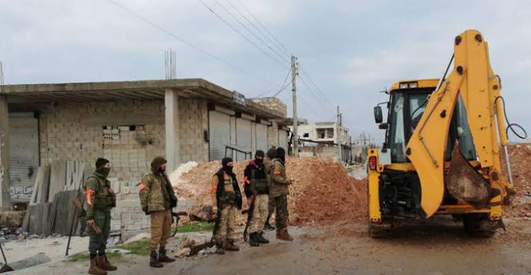 الجيش التركي يتخذ إجراءً مفاجئً على طريق M4
