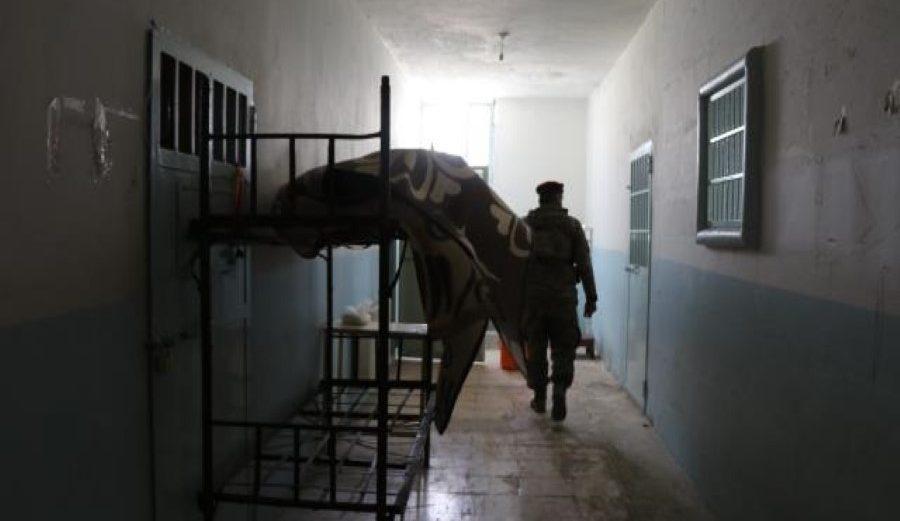 قسد تسلم جثمان مدني لذويه قضى تحت العذيب في سجونها (صور)