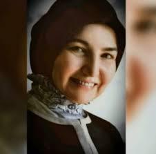 انتقادات واسعة  تطال مستشارة في وزارة أوقاف النظام  بسبب مقطع فيديو