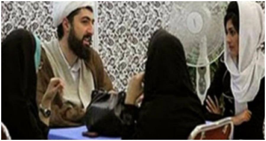 """الأهالي يضبطون """"وكراً لزواج المتعة"""" في مدينة البوكمال الحدودية مع العراق"""