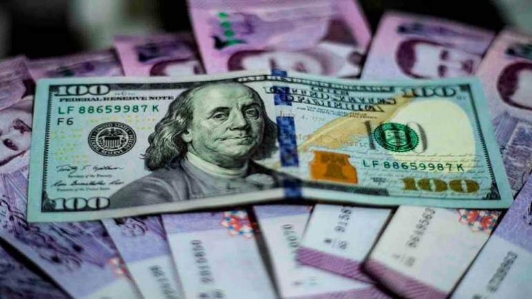 الليرة السورية ترتفع بنسبة 35 بالمائة أمام الدولار الأمريكي