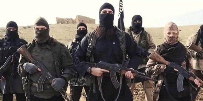 """""""داعش"""" يتبنى اغتيال المتحدث باسم قبيلة """"العكيدات"""""""