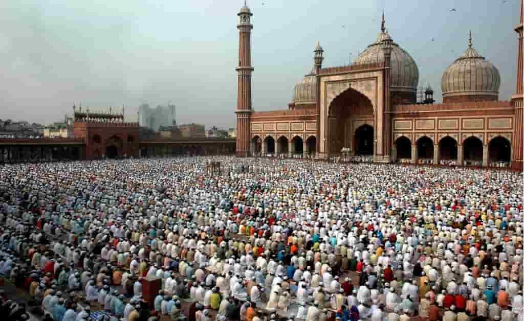 رئيس الوزراء الهندي يأمر ببناء معبد هندوسي مكان مسجد بابري