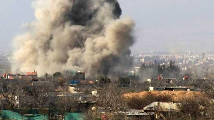 بالفيديو: قصف مكثف لقوات النظام على أريحا يسفر عن قتلى وجرحى بين المدنيين