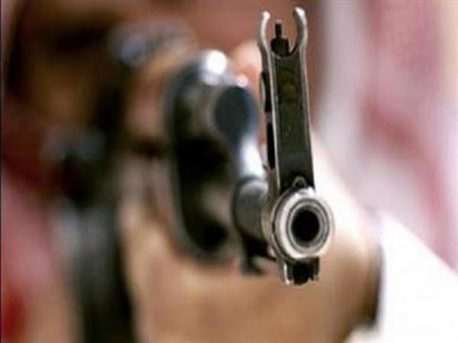 مقتل  أحد وجهاء العشائر ونجاة آخر بعمليتي اغتيال  بريف دير الزور