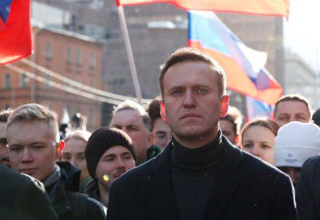 الأمن الروسي يعتقل المعارض نافالني لدى وصوله إلى موسكو