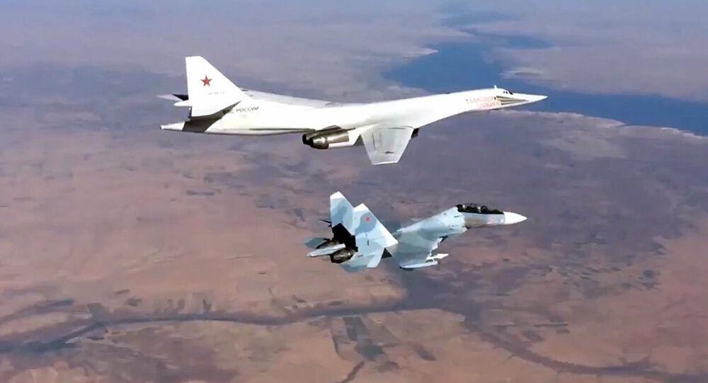 الطيران الروسي  يستهدف مواقع داعش في ريف دير الزور