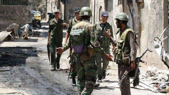 المعارضة تعلن تأمين انشقاق 10 عناصر من قوات النظام شمال غرب سوريا
