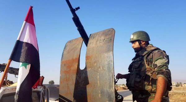 بينهم أطفال...قوات النظام تداهم قرية في تدمر وتنفذ حملة إعتقالات