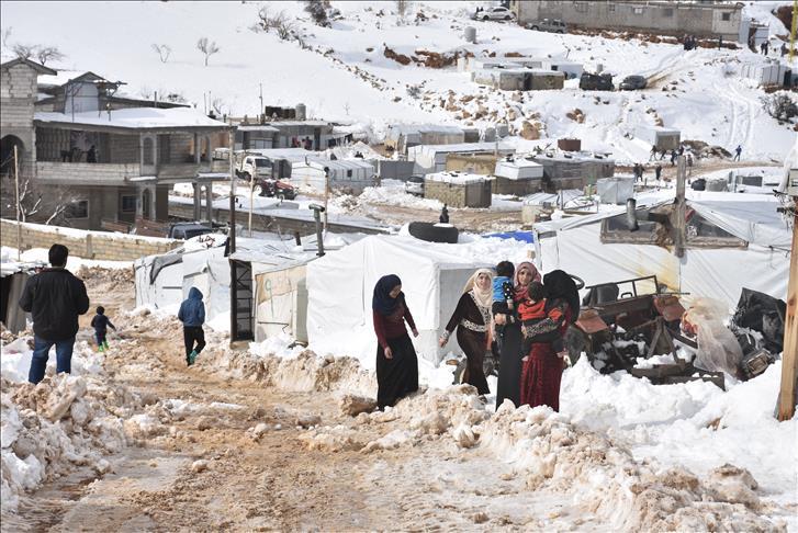 هيومن رايتس: 15 ألف لاجئ سوري يواجهون ظروف الشتاء القاسية في عرسال اللبنانية