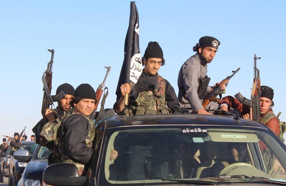 تنظيم الدولة يشن هجوماً جديداً على قوات الأسد في تدمر و يوقع خسائر في صفوفها