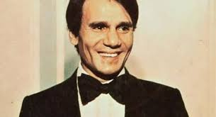 رغم  مرور 31 عاما على وفاته... جثة الفنان عبد الحليم حافظ لم تتحلل وطبيب يكشف السبب