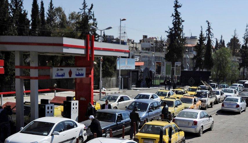 النظام مبرراً: رفع سعر البنزين سببه  تعديل رسم التجديد السنوي للسيارات