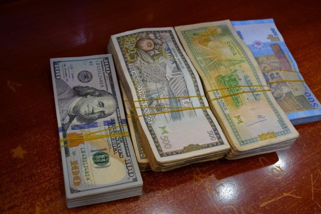 أسعار العملات والذهب في مناطق النظام  في تداولات السبت
