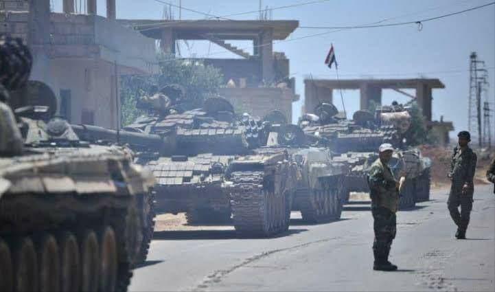رغم المحاولات الروسية للتهدئة...الفرقة الرابعة تدخل درعا بمئات العناصر والدبابات