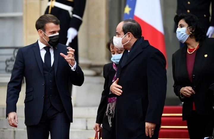 دعوى قضائية في فرنسا لسحب وسام الشرف من السيسي