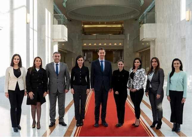 لقاءات غامضة  وغير مسبوقة للأسد مع بعض إعلاميي مؤسسات  النظام