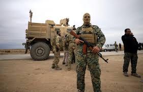 قسد تعتقل عشرات المدنيين بريف دير الزور بتهمة التهريب