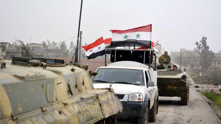 بينها راجمات صواريخ...تعزيزات عسكرية للنظام تصل درعا