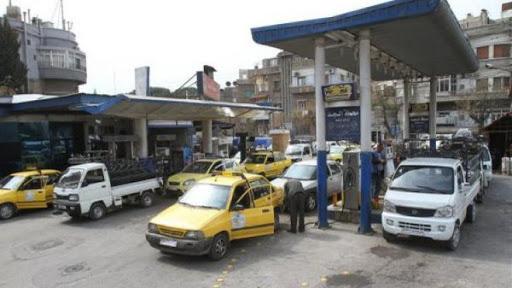 أزمة البنزين تعود مع تراجع كميات الوقود