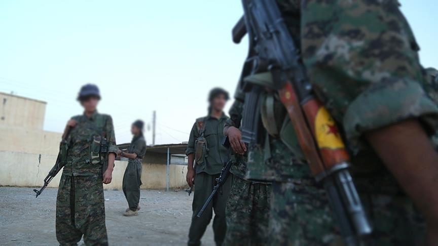 الوحدات الكردية تقطع الخبز عن النظام السوري في المربع الأمني بالحسكة