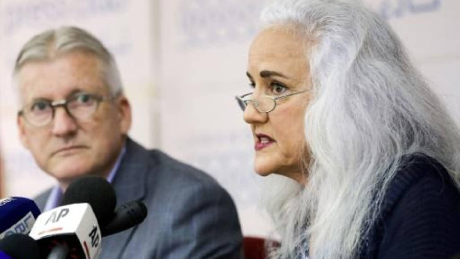 إدارة بايدن تعمل على استعادة الصحفي أوستن تايس الذي يعتقله الأسد منذ 2012