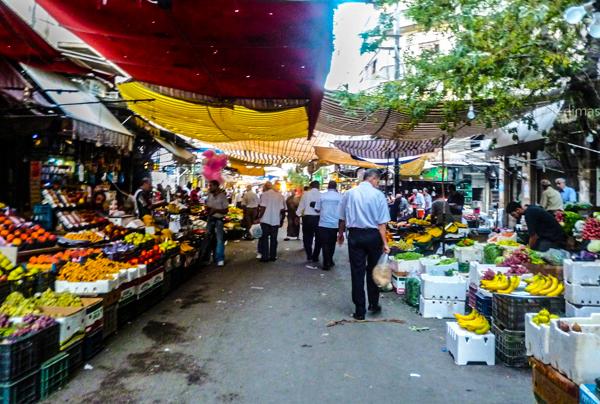 مراسل قاسيون : أسعار الخضار تحلق في دمشق والأسواق تزداد فلتانا