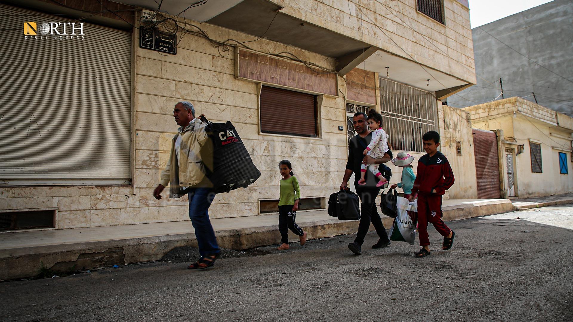 حركة نزوح تشهدها مدينة القامشلي بعد تجدد الاشتباكات