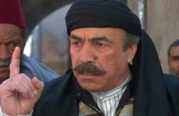 الممثل الموالي علي كريم  يشن هجوماً على مسلسل باب الحارة و اعمال البيئة الشامية