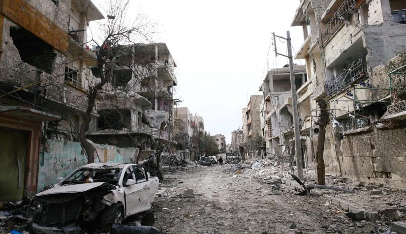 قوات النظام تحتكر تجارة مواد البناء في الغوطة الشرقية