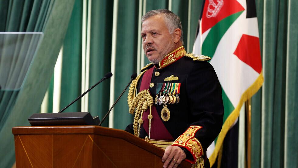 الملك الأردني يكشف عن تعرض بلاده لهجوم بطائرات إيرانية مسيرة