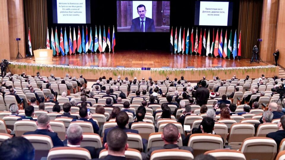 منسقو الاستجابة: مؤتمر اللاجئين بدمشق محاولة روسية لتعويم الأسد
