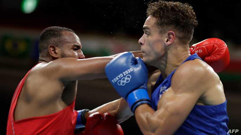 ملاكم نيوزيلندي يعلق على محاولة منافسه المغربي عضه في أولمبياد طوكيو