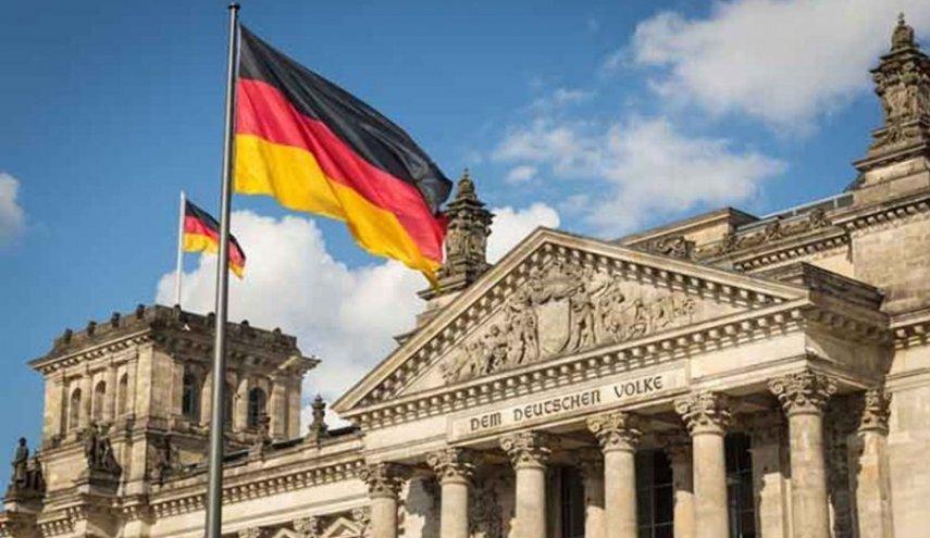 لتعذيبه معتقلين وقتلهم..الادعاء الألماني يوجه 19 تهمة لطبيب عمل مع النظام