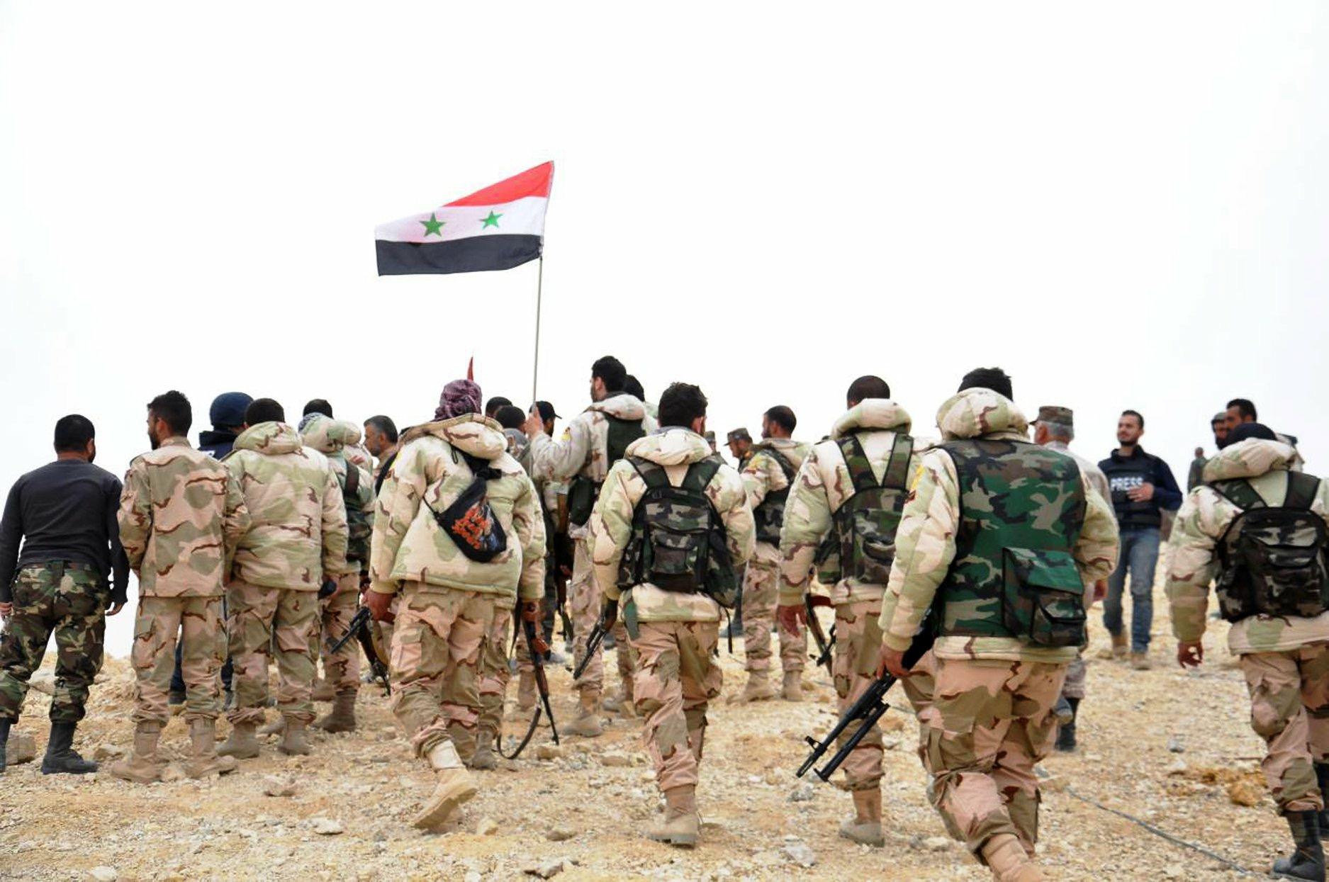 لتدعيم جبهاته في إدلب..النظام يشن حملة لتجنيد الشباب في ريف الرقة