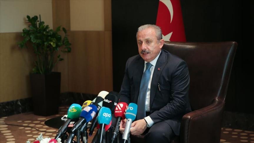 رئيس البرلمان التركي : مشكلة اللاجئين عالمية وعلى الجميع إدراك مسؤولياتهم