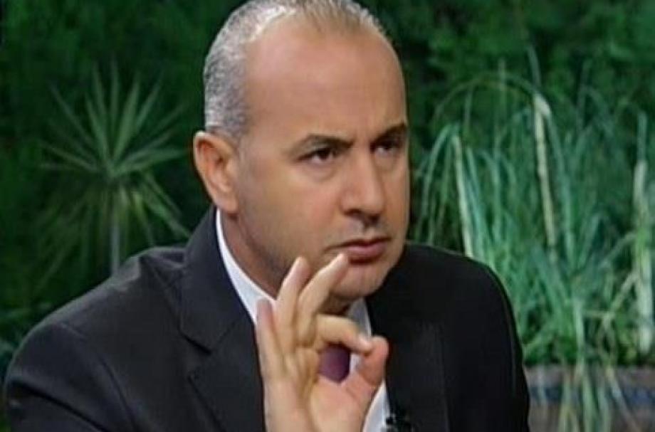 عضو برلمان النظام خالد العبود يطالب روسيا بوقف دعم الفيلق الخامس