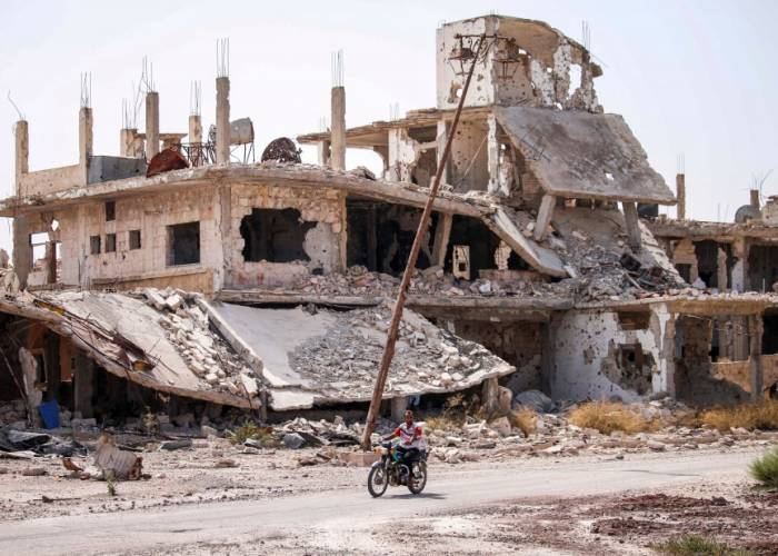 The death outcome of civilians in Daraa has risen to 18 as a result of the bombing of the regime