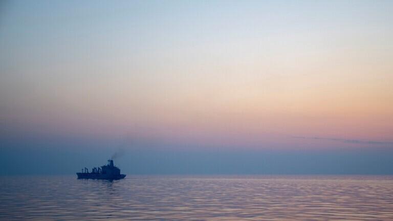 استهداف سفينة إسرائيلية ردا على هجوم إسرائيل على مطار الضبعة في سوريا
